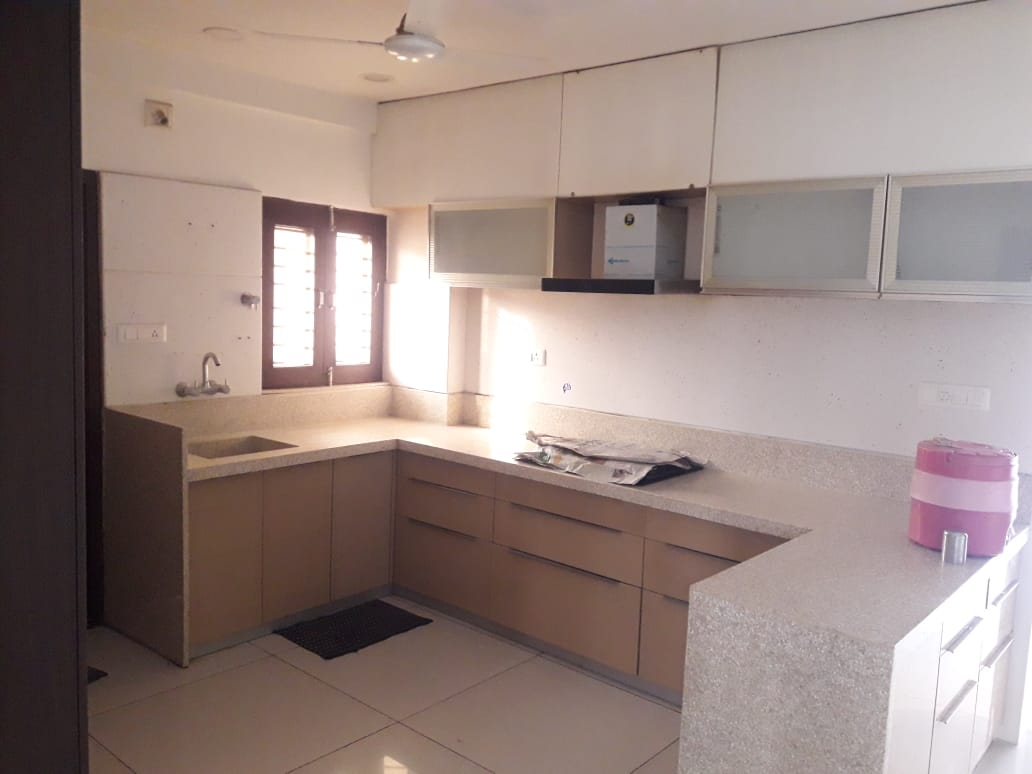 Akshat Flat Kitchen-3