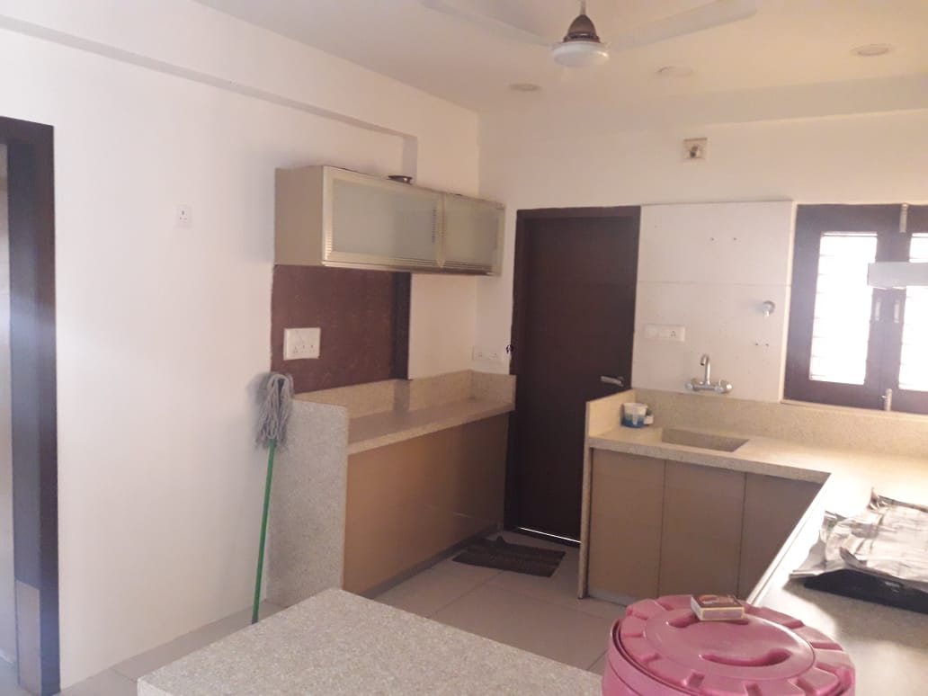 Akshat Flat Kitchen-2